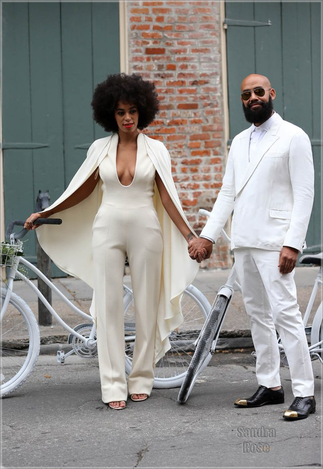 Solange-and-Alan-riding-bikes-INF